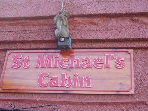Священные животные - знаменитые гибралтарские макаки