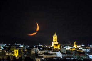 Embrujo de la Luna Mora